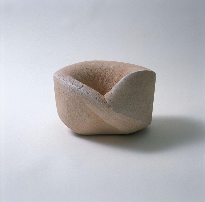 Zonder titel, container, handvorm, 1988, keramiek, Yvette Lardinois