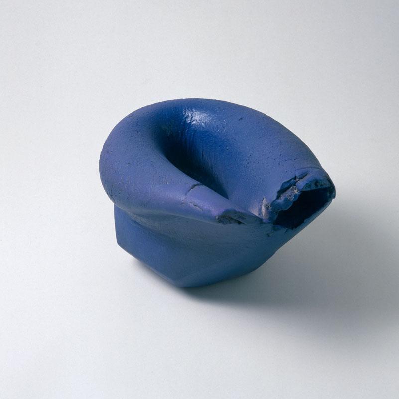 object, handvorm, 1993, keramiek, Yvette Lardinois